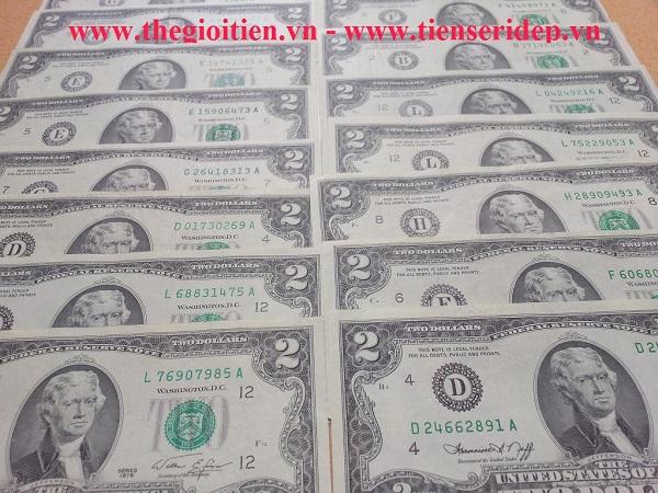 2 đô năm 1976