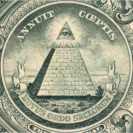 1 usd hình kim tự tháp